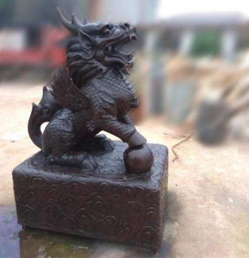 云南麒麟雕塑